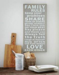 "Kyltti ""Family Rules"" 13830 Harmaa 47,50"