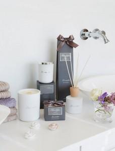 16750 - Laventer tuoksukynttilä kannella, 100 tuntia  40,90€ 16760 - Lavender tuoksukynttilä kannella, 50 tuntia  30,90€ 16770 - Lavender tuoksukukat 8 kpl  24,90€ 16780 - Lavender tuoksuöljy puikoilla  31,90€