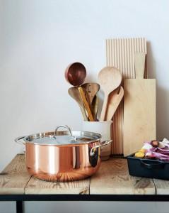 16950 - La Cucina Accanto kattila teräskannella, 3 litraa  125€
